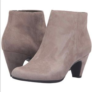 Sam Edelman Michelle suede boots new with box